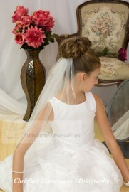 Single Tier First Communion Veil with Pearl Edge Trim